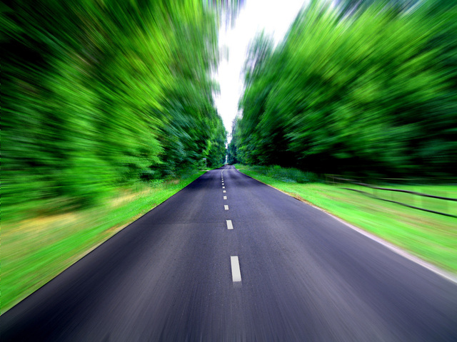 speed-on-the-road-1447885-640x480